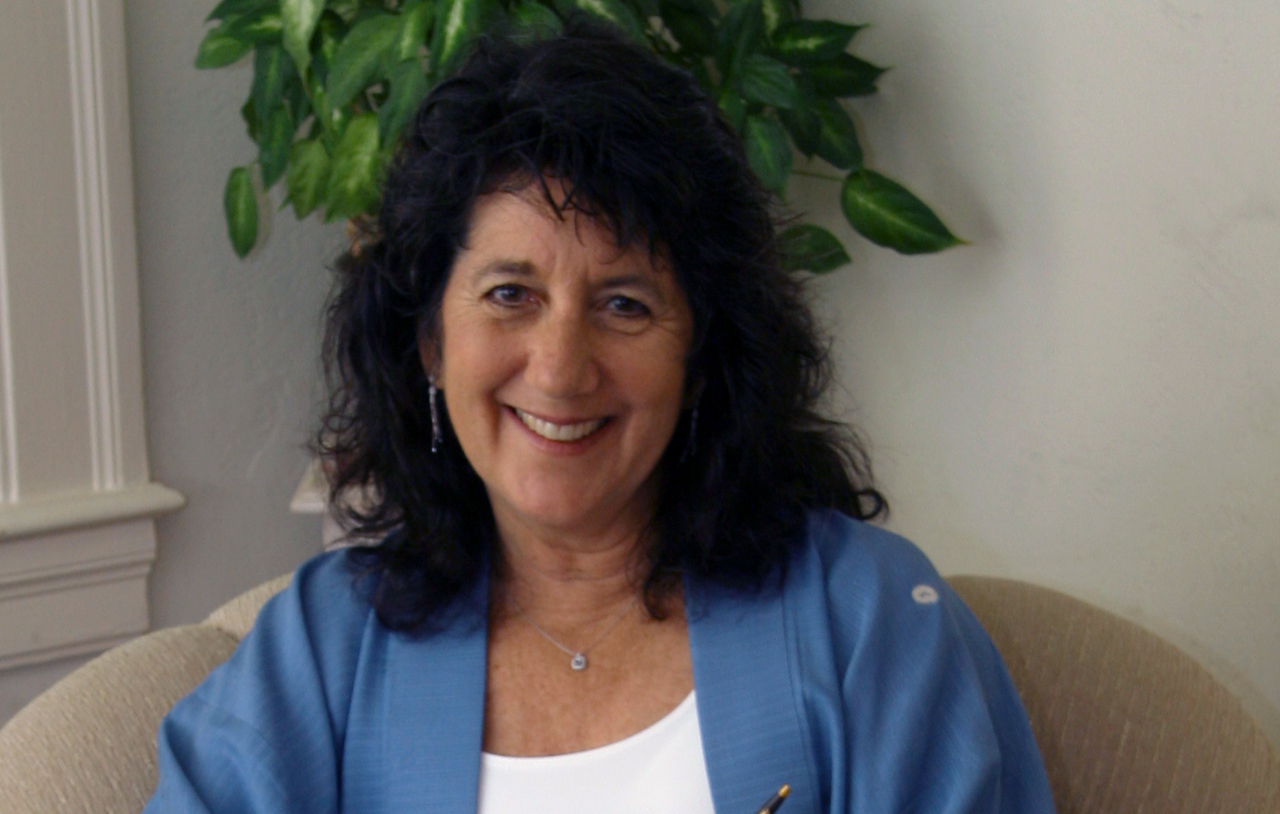 """""""From Judaism to Christianity"""". This former Jewish Lady's testimony will touch you"""