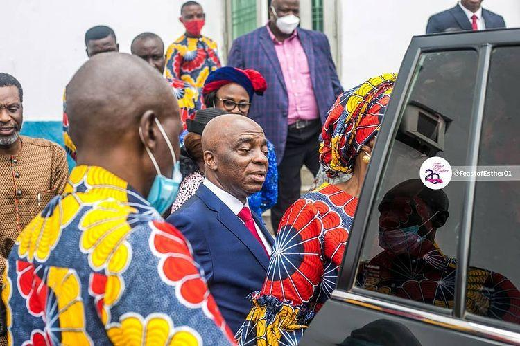 Beautiful Pictures from Bishop David Oyedepo after his teaching at the 20th Anniversary edition of the Feast of Esther.