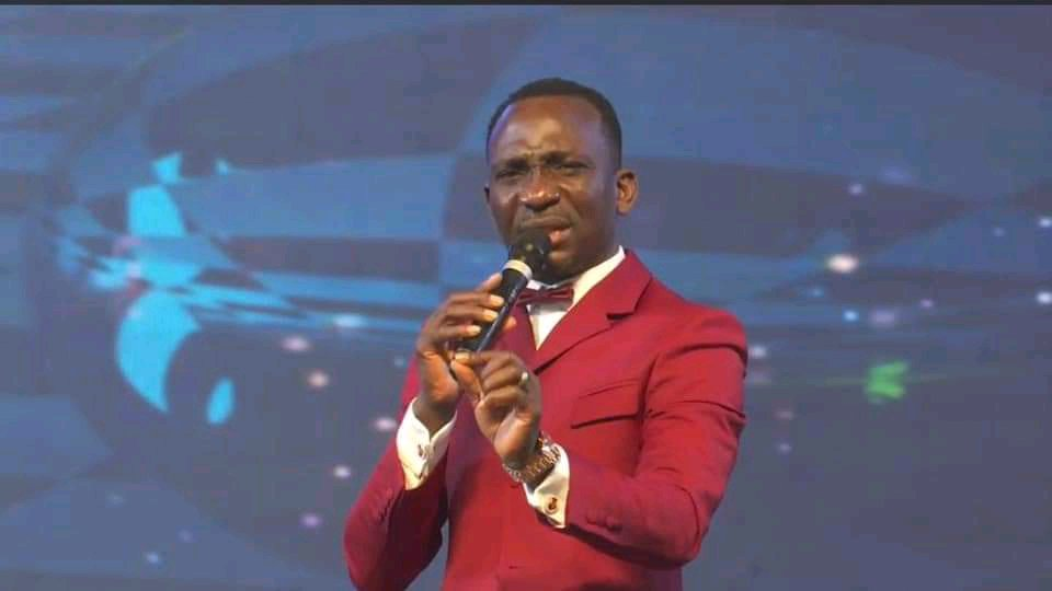 How a Muslim lady saw me in the mall and fell under the anointing- Pastor Paul Enenche