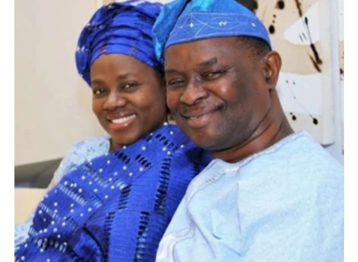 I thank God for allowing ladies turn down my Proposal- Clergyman Mike Bamiloye Says as he celebrates 33rd wedding anniversary