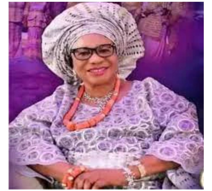 Meet The Mother Of Pastor Chris Oyakhilome Who Is a Deaconess